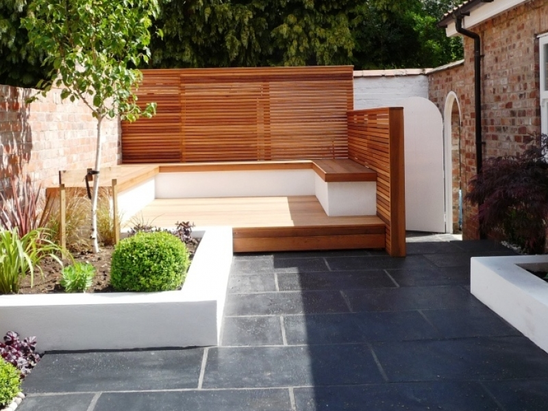 Red leaf gardens for Split level garden decking